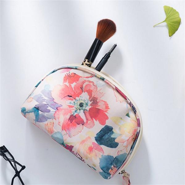 3D Printing Women Makeup Bags With Multicolor Pattern Waterproof Half Moon Cosmetic Bag Make-up Bags Zipper Shell Bag Organizer