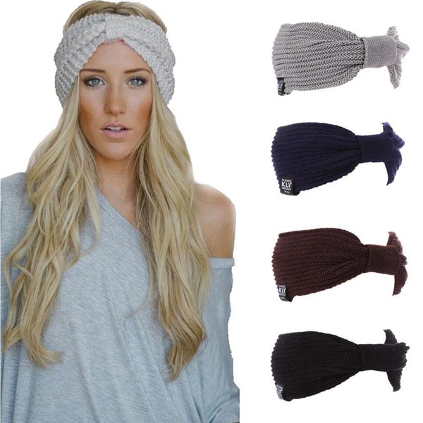 Woman Winter Hats Wool Solid New Autumn 2018 High Quality Fashion Winter Knitted Hat Female Skullies Beanies Hair Accessories Y18102210
