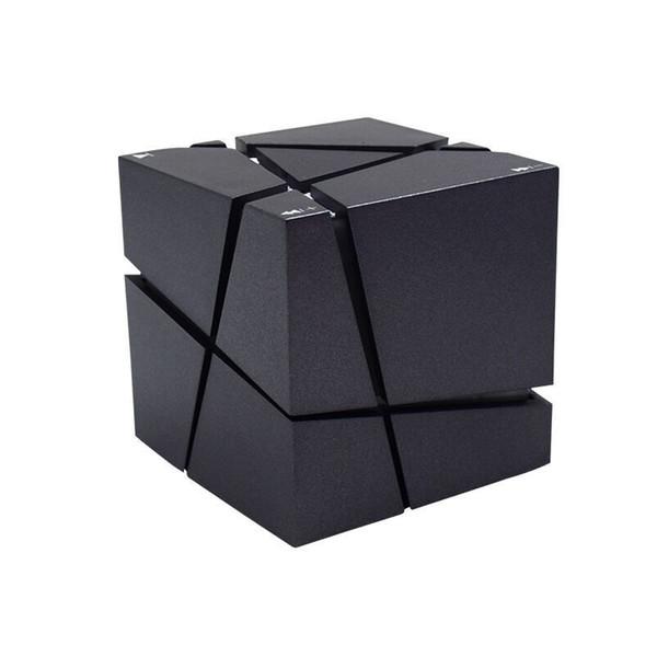 Novo Qone Mini Cube Oradores 3D Estéreo Som Portátil Caixa de Música Sem Fio Bluetooth Speaker Suporte TF Cartão Com Caixa de Varejo Melhor Carga 3