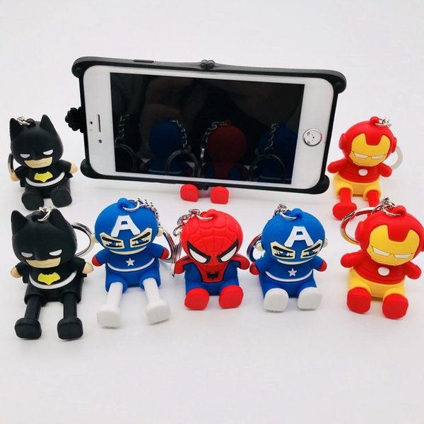 Figura de dibujos animados Marvel Avengers Llavero Soporte para teléfono móvil Lindo PVC Superhéroe Batman Hombre araña Hombre de hierro Capitán América Llavero Llavero