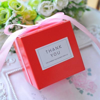 색상 : RedGift 상자 크기 : 6x6x6cm