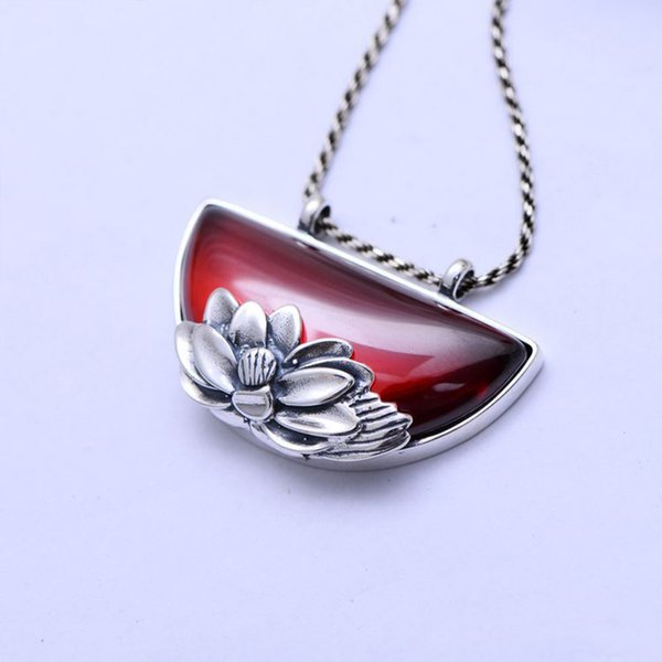 MetJakt Vintage Lotus Pattern Natural Garnet Pendant Necklace Solid 925 Sterling Silver Pendant for Sweater Chain for Women
