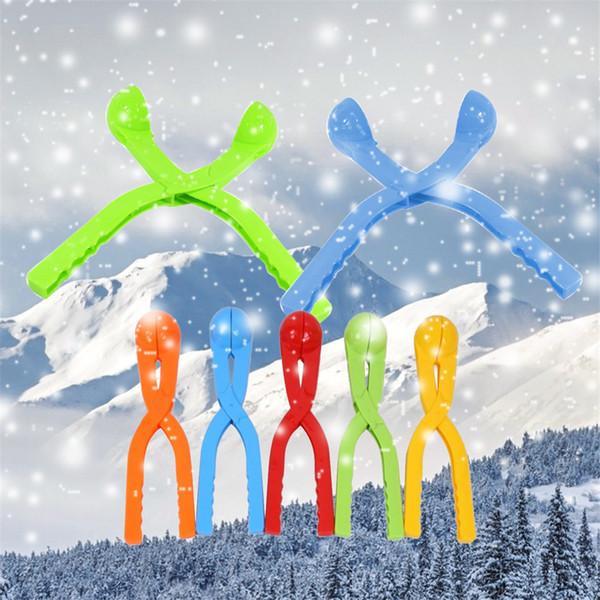 Nuovo Creativo 36cm Palla di neve Maker Rotonda di neve a forma di tondo per neve Paletta per creatore Sport all'aria aperta Sabbia Argilla Strumento per stampi Giocattolo per bambini Colore casuale