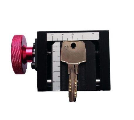 Engraved Key Clamp