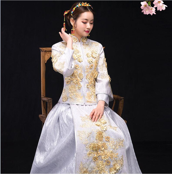 Beige White Chinese Wedding Dress Female Long Sleeve Cheongsam Slim Traditional Dress Qipao for Overseas Chinese Wedding Party ceremony