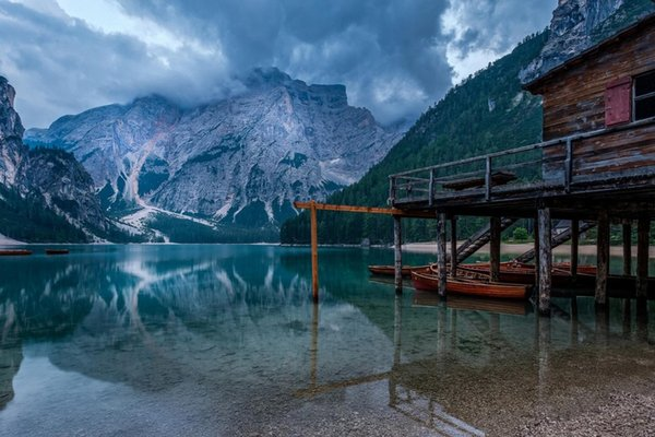 mountains Italy South Tyrol The lake of Braies scenic living room decor home wall art decor wood frame fabric posters MD816