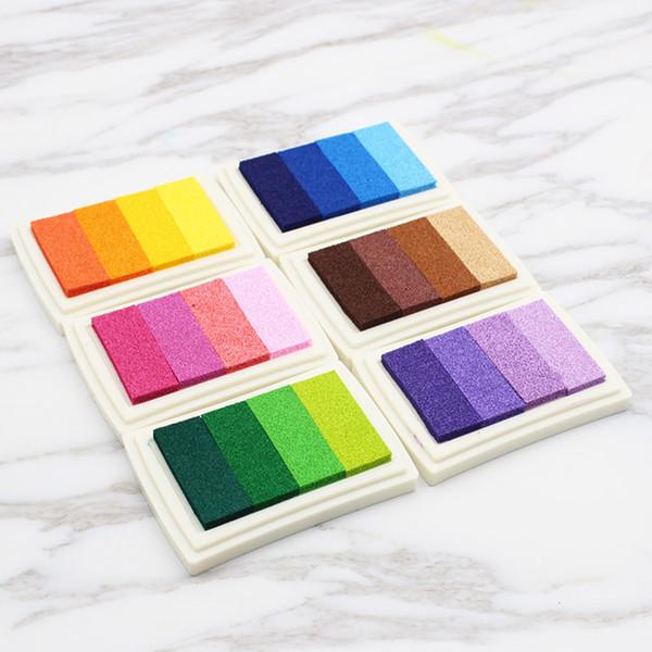 Vente chaude quatre couleurs dégradé Inkpad Enfants Tampons En Caoutchouc Tampon Encreur Coloré Nouvel An Décorations pour La Maison T3I0031