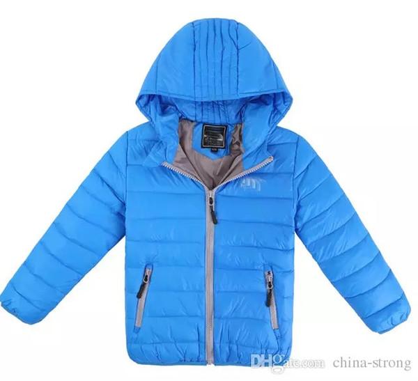 2018 Kinderoberbekleidung Jungen und Mädchen Winter warme Kapuzenmantel Kinder Baumwolle gefütterte Daunenjacke Kind Jacken 3-13 Jahre