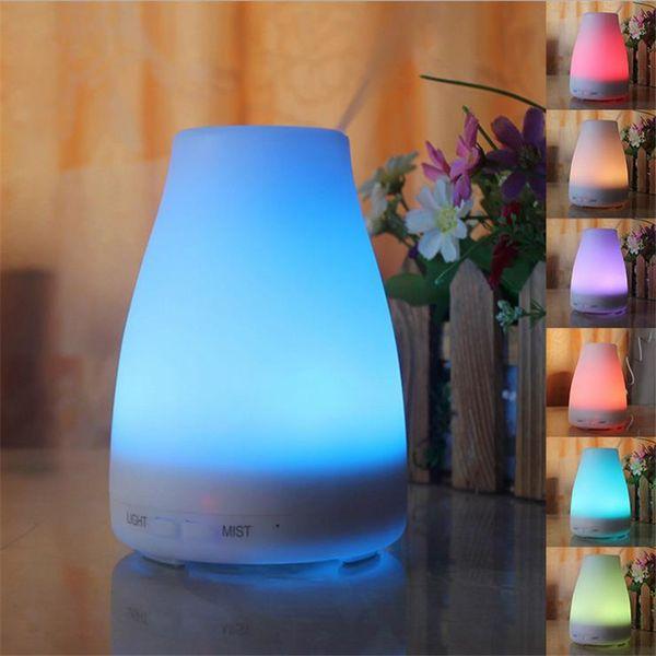100ml Diffuseurs ultrasoniques d'huile essentielle d'Aromatherapy Humidificateur frais de brume avec 7 couleurs LED Lumières pour le bureau à la maison Chambre à coucher