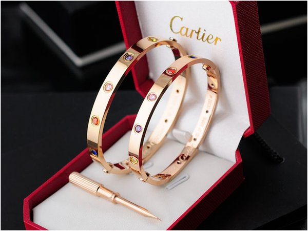 Top Quality Celebrity design Letter Metal Buckle Screws diamond bracelet Fashion Metal Cuff bracelet Gold Jewelry With Box