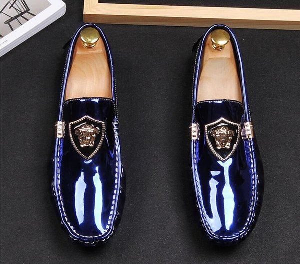 2019 British style Men casual Evening party dress shoes Glitter rivet Homecoming Prom shoes male loafers Sapato Social Masculino