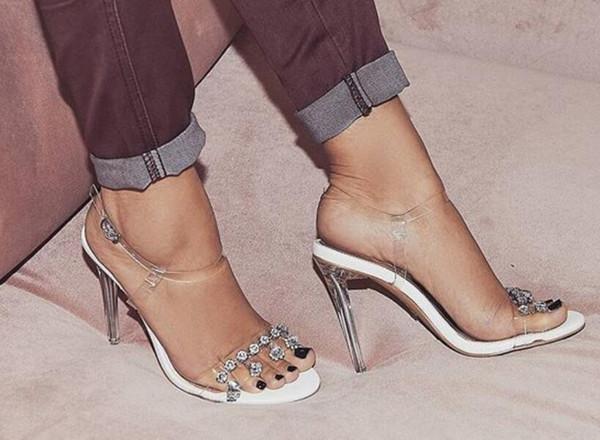 2018 новых женщин ПВХ сандалии тонкий каблук Алмаз высокие каблуки свадебные туфли прозрачный каблук дамы партия ПВХ обувь Гладиатор сандалии