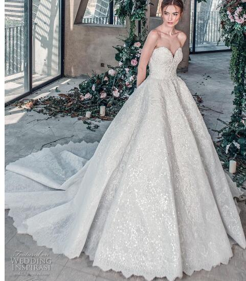 2018 luxury wedding dress high-end Gorgeous wedding dresssA line embellished with 3D flowers, silk threads, sequins, pearls and crystals.08