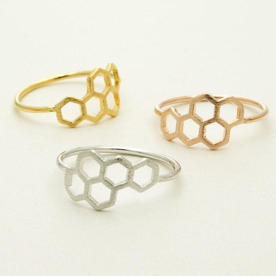 20pcs New Fashion Honeycomb Shape And Linked Hexagon Finger Ring For Women Birthday Gift One Pc