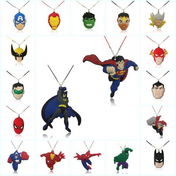 Mixte 100 pcs Avenger Super-héros Haute Qualité de Bande Dessinée PVC Souple Pendentif + 51cm Collier Corde Chaîne Ras Du Cou Collier Enfants Cadeau Party Favors Bijoux
