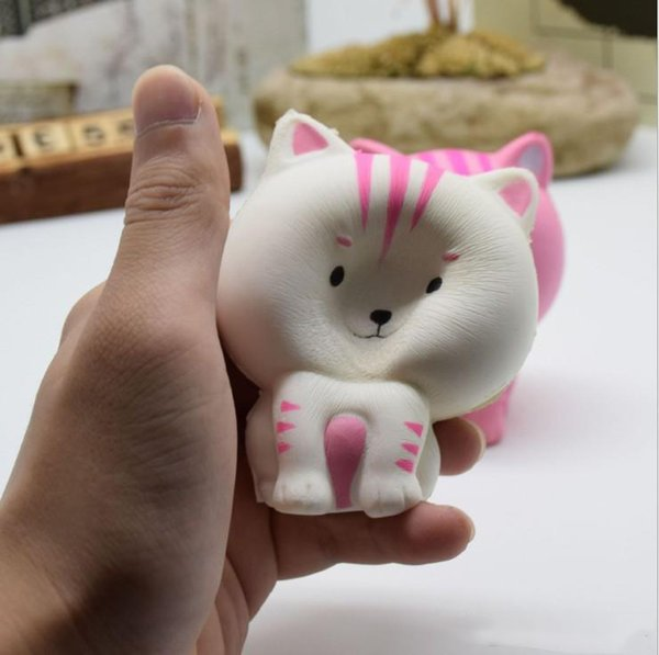 2018 Hot Sale Squishy 9cm Pink White Cat Kawaii Cute Animal Slow Rising Sweet Scented Vent Charms Bread Cake Kid Toy Doll Gifts DHL Free