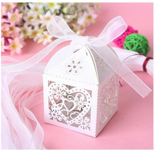 Laser Cut Perle Papier Party Hochzeit Gunsten Ribbon Candy Boxes Geschenkbox Weiß 7 Farbe 091