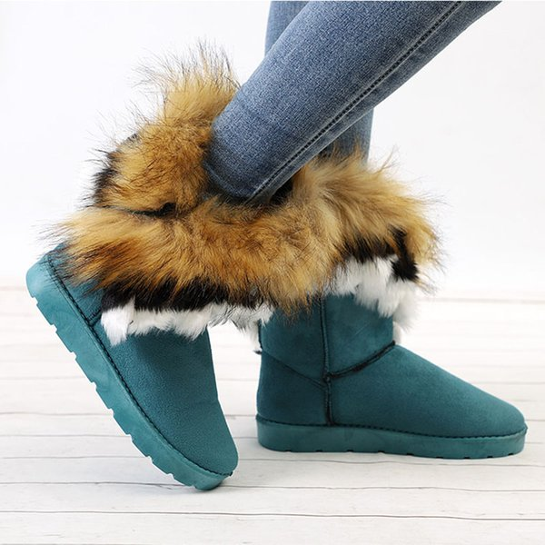 Donna Warm Winter Snow Boots Ladies Furry Fur Stivaletti in pelle scamosciata New Female Slip-On Flat Fashion Sewing Shoes
