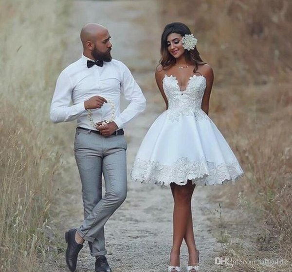 Short 2018 Brautkleid knielangen Applique Informal Hochzeit Brautkleider Lace Vintage Brasilien Braut Rezeption Kleider