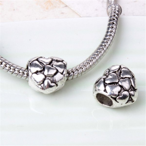 Pieno con il piccolo fascino della lega del cuore per la catena del serpente del braccialetto di Pandora o il branello allentato dei monili di modo della collana Nuovo arrivo