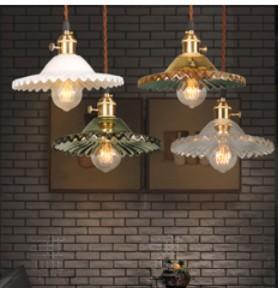 Vintage Edison Iron Lotus Coffee House Ceiling Lamp Chandelier Chandelier Bar E27 LED Decorative New Single Lotus Glass Chandelier