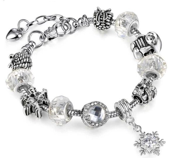 Europe Style DIY Zircon Snowflake Pendants Charms Silver Plated Bracelets,Cooper and Plating White Gold Key Chains Loose Beads Bracelets