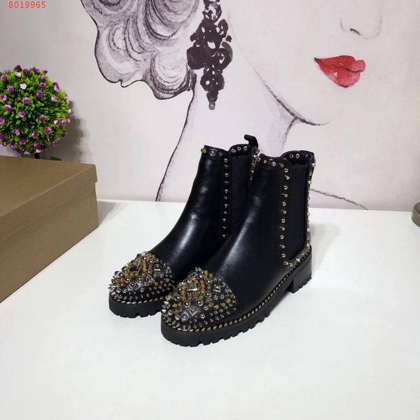 Top quality Brand spiks Ankle Boots For Women Genuine Cowskin leather Breathable Fashion Causal Boots lady Red bottom rivet Cowboy boots