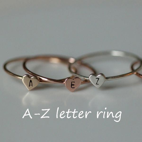 Einfache Gold Herz zierliche Name Buchstaben Muster Ringe beliebte Gold / Silber Brief geschnitzt sinnvolle erste Fingerring Frauen Schmuck Geschenk