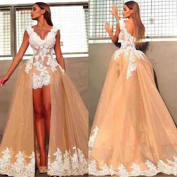 Vintage Short Front Beach Boho Wedding Dresses With Detachable Train Skirt A Line Champagne Sleeveless V Neck Lace Bridal Gowns Bride Dress
