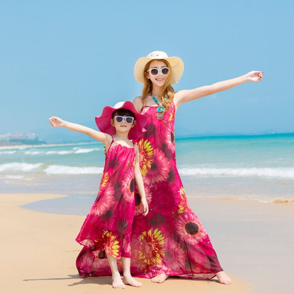 Family Matching Outfits Mother Daughter Clothes Flowers Print Summer Beach Dresses Family Look Chiffon Dress Mom Kids