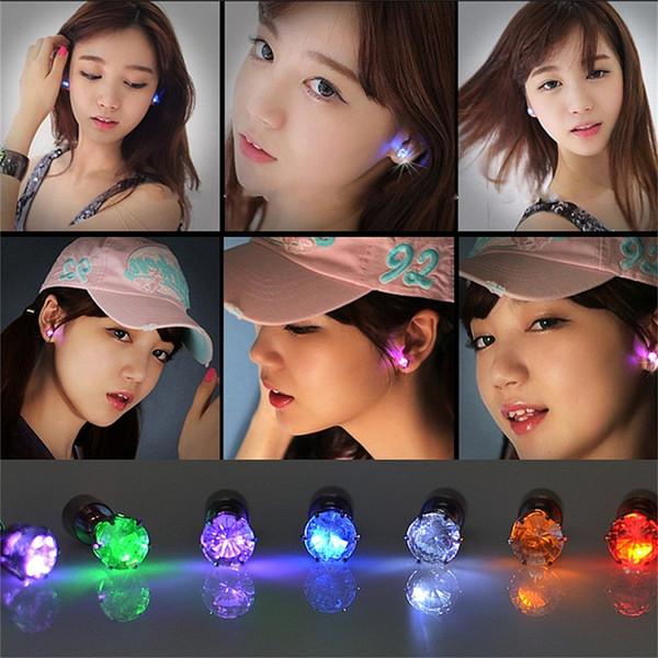 LED oreille stud clignotant lumière en acier inoxydable strass oreille boucles d'oreilles bijoux rave jouets cadeau LED boucles d'oreilles fête de noël