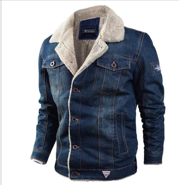 Men blue Denim jacket new 2018 fashion winter Fur collar keep warm coats for man thick Button pocket 4XL jackets and coats