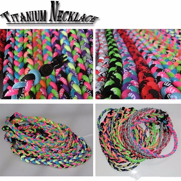 Neue Titan geflochten 3 Seilen Tornado Halsketten für Sport Fußball Baseball Softball Mädchen Mutter 300pcs CNY84