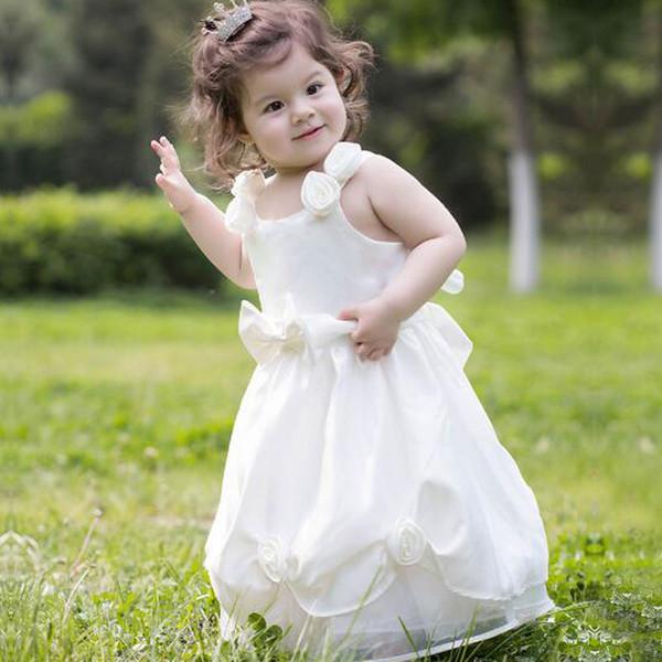 Cute Spaghhetti Hame Made Flower Girls Wedding Dresses White Bow Strapless Stain Floor Length Jewel Neck Princess Dresses For Weddings