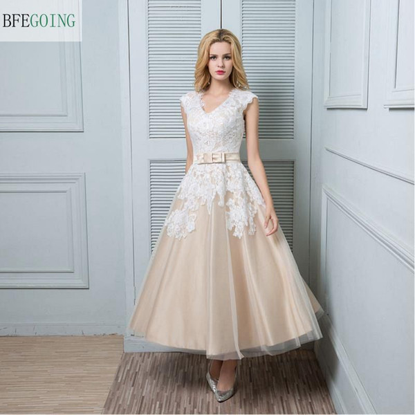 Champagne A-Line Ivory V-Neck Lace Bridal Gowns Satin Sashes With Bow Sexy Back Tea-Length Short Wedding Dress