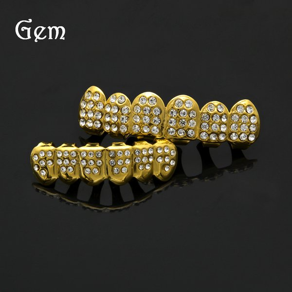 New Fashion Golden Hip Hop Style Rhinestone Iced Out Bling Teeth Grills Top & Bottom Grills Set with Silicone Vampire Teeth