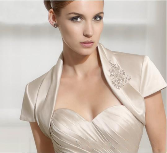2019Euroeapn American Style Short Sleeves With Beadings Wholesale/Retail Price Ivory Satin Bridal Jacket Good Quality
