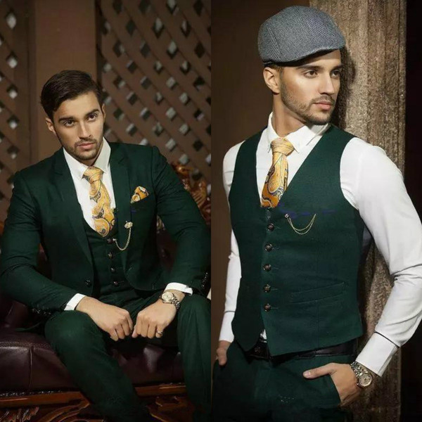 Hunter Green Men Suits Blazer Smoking dello sposo Notch Risvolto Slim Fit Bridegroom Abbigliamento formale Best Mens Suit per Matrimoni (Jacket + Pants + Vest)