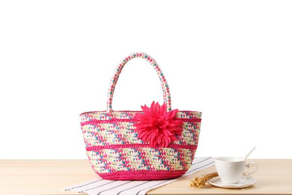 Wholesale 2018 small handkerchief colorful stripes straw bag gorgeous simulation flowers hand-woven bag holiday beach bag