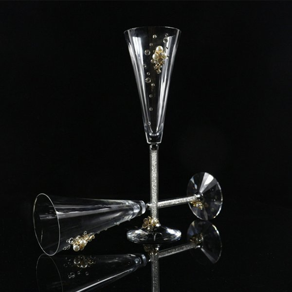GFHGSD 150ML Crystal Wine Glass Luxury Toasting Wine Goblets for Wedding Party with Rhinestones Filled Stem Glass ert102