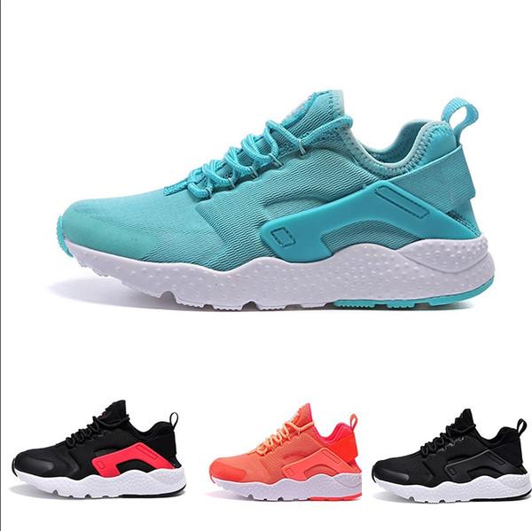 Großhandel NIKE Air Huarache Run 3 Sneakers Großhandel Huaraches 3 III Herren Laufschuhe Ultra Run Dreifach Weiß Schwarz Rot Grau Huaraches Schuh