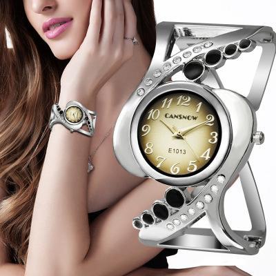 2018 popular women's watch diamond bracelets lady watch high-end fashion girls hollow watches