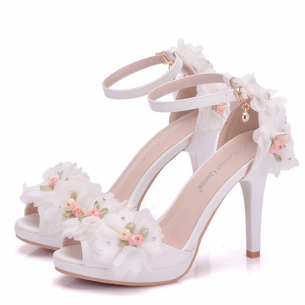 Acquista New Fashionl Fiori Peep Toe Scarpe Donna Tacchi Bianchi Perle Word Fibbia Scarpe Da Sposa Scarpe Tacchi Sottili Eleganti Plus Size Sandali Da