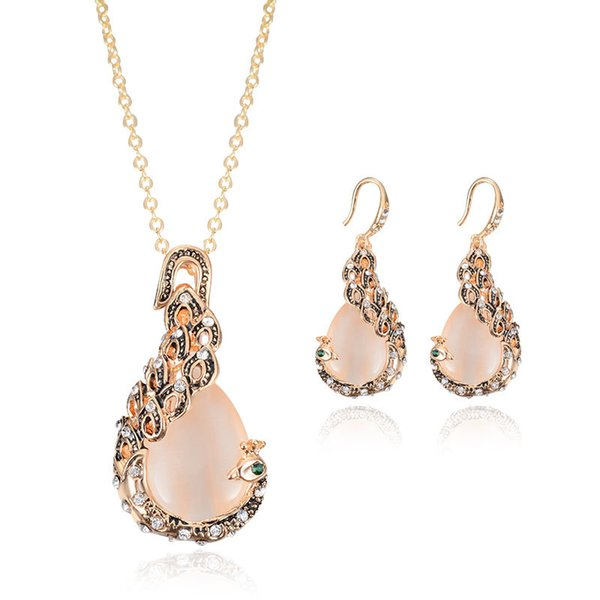 Pink Jewelry Gold Plated Necklace Set Fashion Peacock Diamond Wedding Bridal Costume Jewelry Sets Party Ruby Jewelrys(Necklace + Earrings)