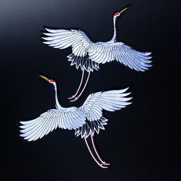 1 Pair Red-crowned Crane Embroidery Sew Iron on Patch Badge Clothes Fabric Transfers Lace Trim Applique Bird DIY Accessories