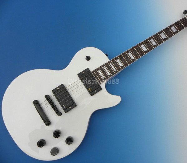 Wholesale New Arrval BEAUTY SO COOL WHITE BLACK CUS TOM FLAME Mahoagny Top Custom Mahogany Body Burst Solid Classical Electric Guitar