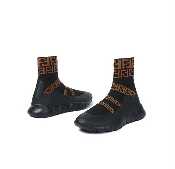 qq1479216232 / Homens de marca de marca Strech Sapatilhas Botas Designer de Carta de Impressão Mulheres Runway Sola De Borracha Grossa de Alta Top Sapatos Casuais