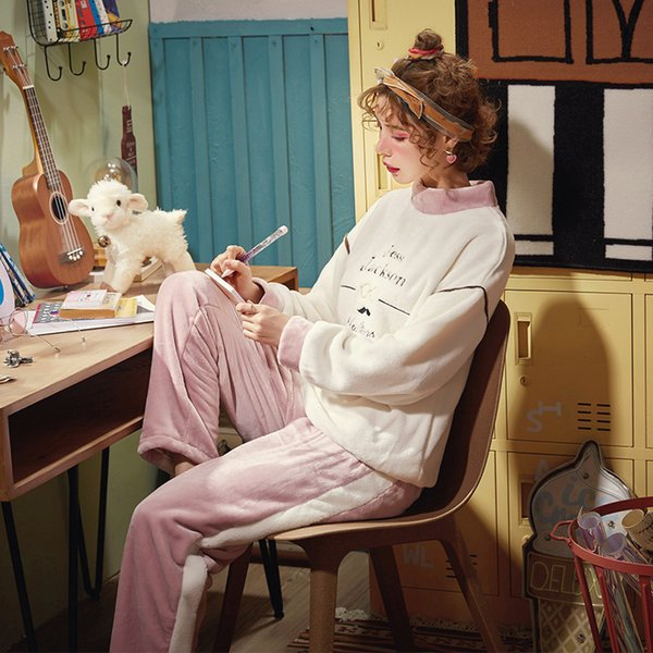 Pantalon complet en polyester pour femmes Lady Two Piece Pyjama Set Cartoon Pyjama Sets femmes vêtements d'hiver