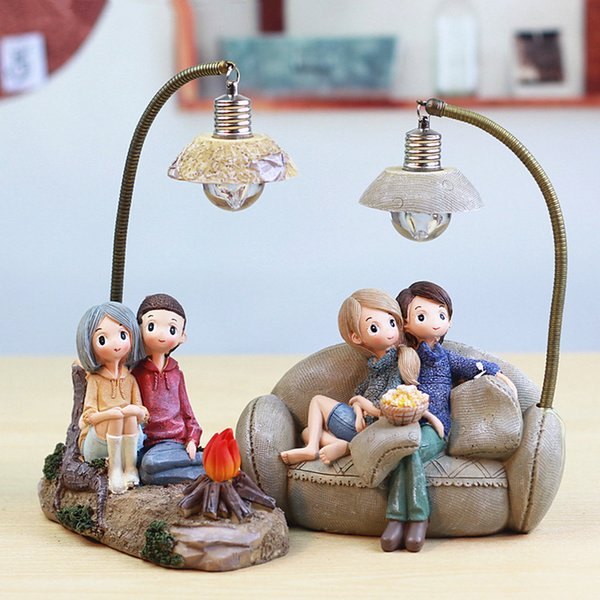 Resin Cute Couple Model Figurines Lovers People Miniatures Living Room Bedroom Night Light Garden Home Decoration Crafts Gifts