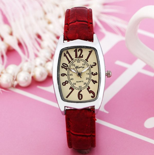 fashion Quartz Watches Women Clock Lady Square Leather Strap Casual Fashion Women's Dress Watch Ladies Wristwatch.